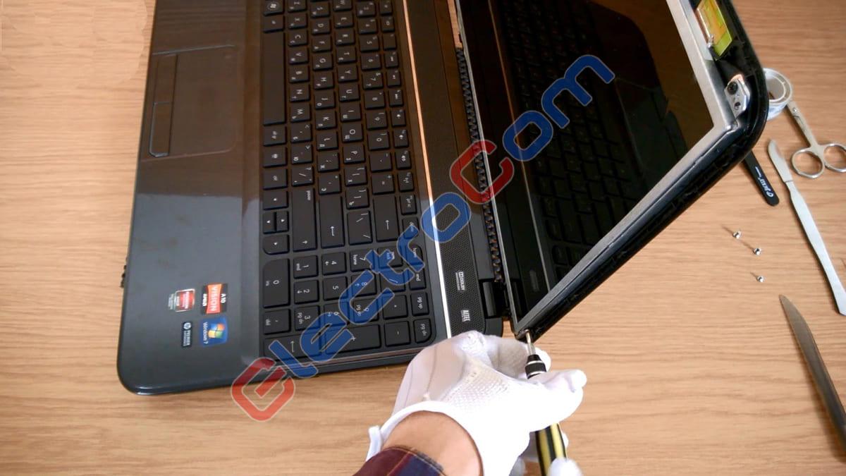 ElectroCom - ремонт ноутбука - замена дисплея
